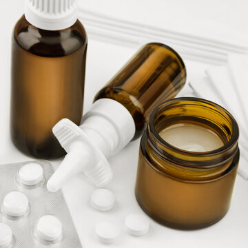 Cold medications with balm and mineral tablets