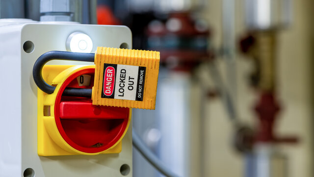 Lockout Tagout, Elektrisches Sicherheitssystem. Schlüsselverriegelungsschalter oder Leistungsschalter zum Schutz der Sicherheit im elektrischen Raum, LOTO