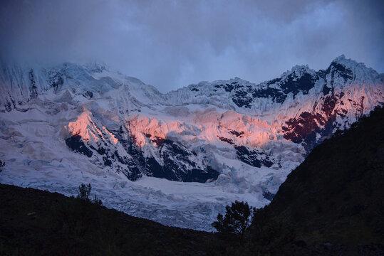Alpenglow above Alpamayo Basecamp, Cordillera Blanca, Ancash, Peru