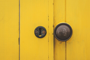 Obraz Close-up Of Closed Door - fototapety do salonu