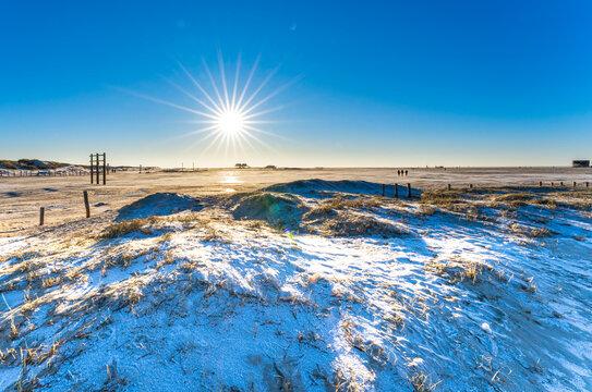 Winterlandschaft am Strand