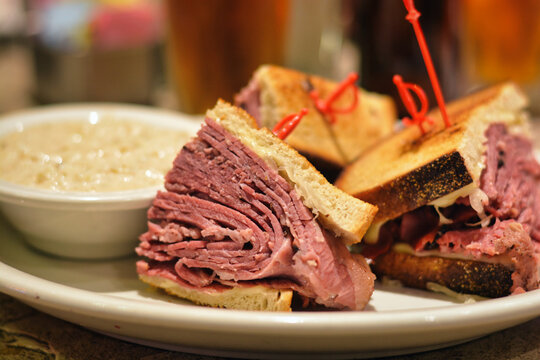 Corned beef pastrami sandwich with pickles