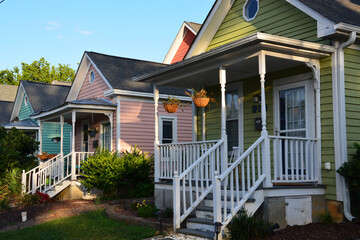 Fototapeta Colorful cottages in a residential neighborhood of Raleigh North Carolina obraz