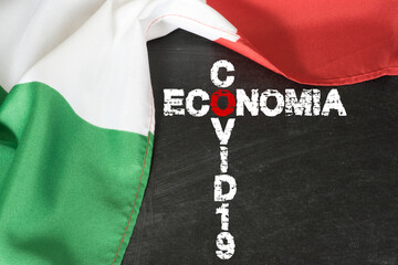 Flagge von Italien, Wirtschaft und Pandemie Covid-19