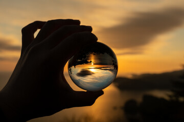 The horizon reflected in the glass ball