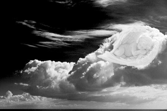 Angelot endormi sur nuage
