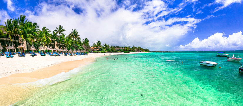 luxury 5 star hotel territory with  great beach  - Constance Belle Mare Plage. Mauritius island. Pointe de flacq , Belle Mare. February 2020