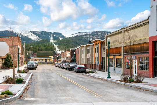 The northwest American historical lumber town of Priest River, Idaho, at winter with snow, in the north panhandle area of Idaho, USA