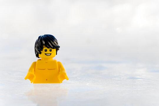 Lippstadt - Deutschland 11. Februar 2021 Lego Eisbaden