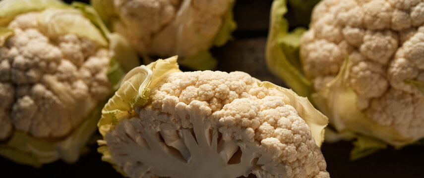 Composition of natural cauliflower plants