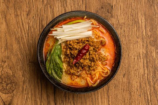 たんたん麺 (Tantan noodles) is a very spicy noodle