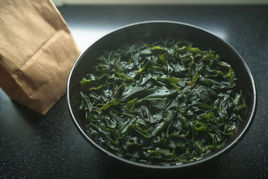scalded wakame seaweed in bowl