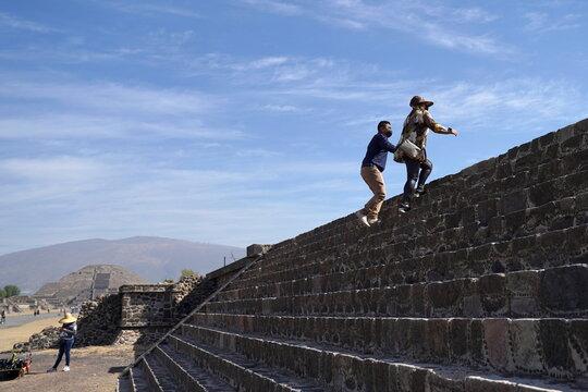 COVID-19 outbreak in San Juan Teotihuacan