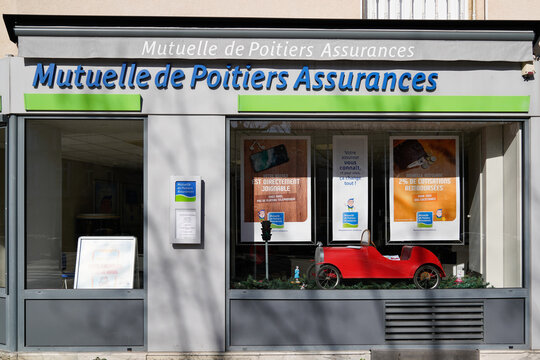 Mutuelle de poitiers assurances logo brand and text sign front of agency building office
