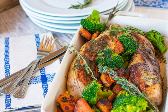 Pork fillet with sweet potatoes and broccoli
