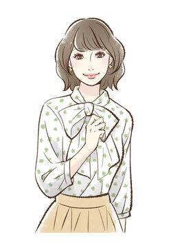 メイクをした笑顔の女性_ピンク系