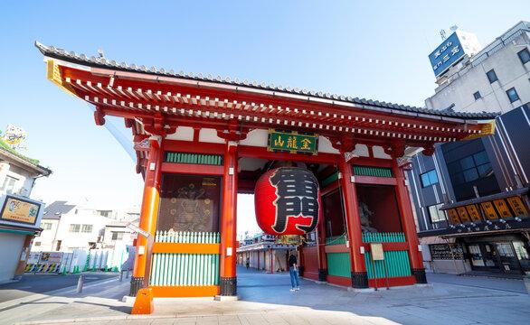 "Taito, Tokyo, Japan-October 25, 2018: Kaminarimon gate: Kaminarimon ""Thunder Gate"" is the large entrance gate that ultimately leads to the Senso-ji."