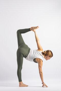 (21-104) Half Moon Pose (Ardha Chandrasana) Yoga Posture (Asana)