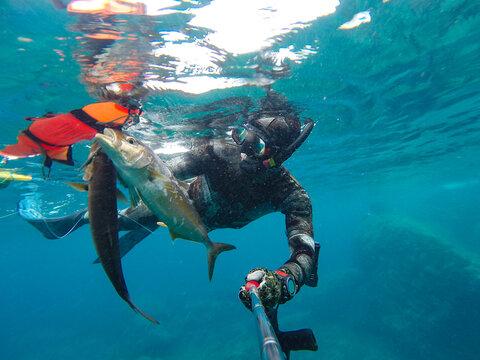 spearfishing in sea