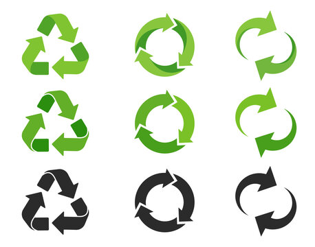 Recycling icon. An arrow that revolves endlessly Reuse concept Recycled. isolate on white background