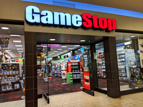 Gamestop store (GME) in Kahala Mall shopping center