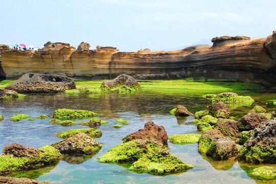 The stone strange shape at Yehliu Geopark, known by geologists as the Yehliu Promontory. These rock caused by the erosion of sea waves.