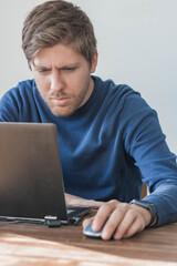 Fototapeta digital programmer working from home obraz