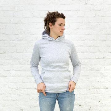 Blanko Kapuzenweater grau-meliert - No3 - Hoodie - Vorlage auf weißem Grund für Online-Shop