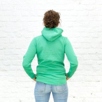 Blanko Kapuzenweater Kelly-Green - Hoodie - Vorlage auf weißem Grund für Online-Shop