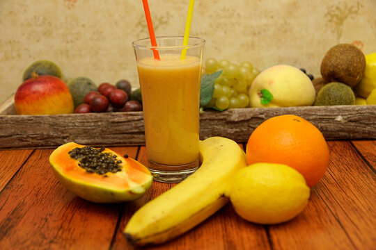 Fruit smoothie with grated ginger