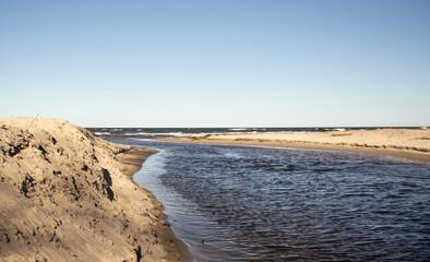 Ustronie Morskie  plaża wschodnia, rzeka czerwona