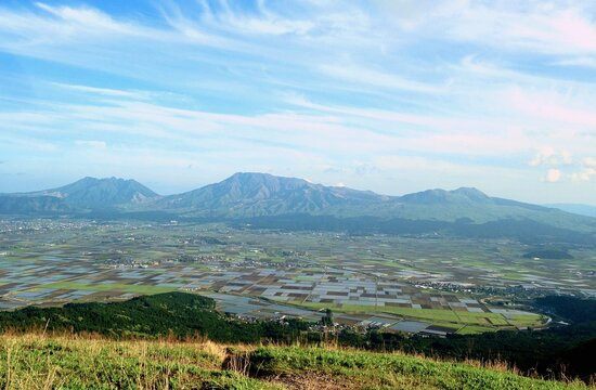 熊本県阿蘇大観峰からの阿蘇五岳寝観音