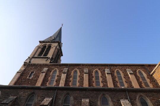 L'église catholique Saint François, vue de l'extérieur, ville de Annonay, département de l'Ardèche, France