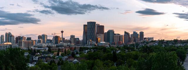 Calgary skyline at sunset. Fototapete