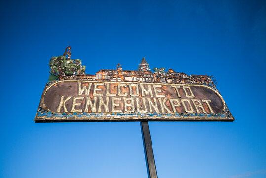 USA, Maine, Kennebunkport. Village welcome sign