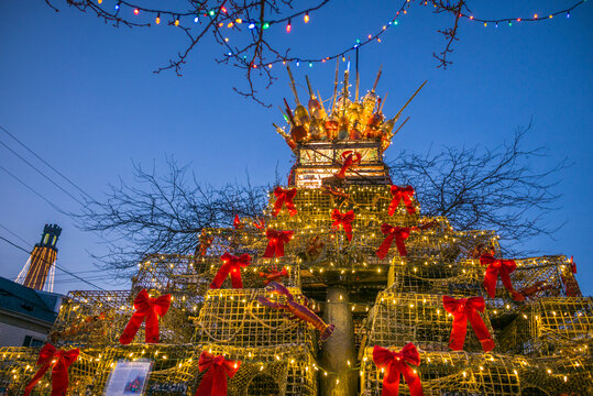 USA, Massachusetts, Cape Cod, Provincetown. Lobster trap Christmas Tree