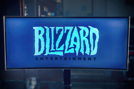 monitor logo Blizzard Entertainment software house producer of video games, famous for Warcraft , Diablo and Starcraft