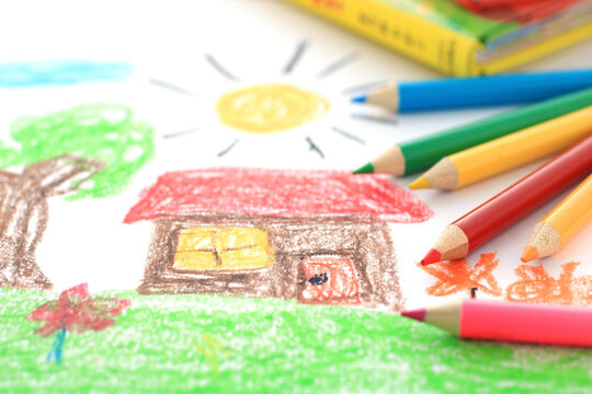 お絵かきと色鉛筆を使って子供の才能を伸ばす