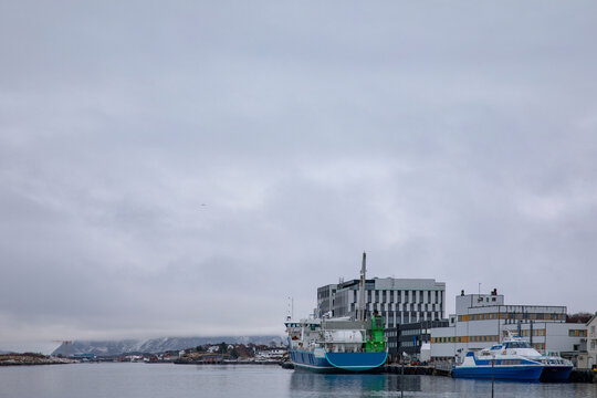 World's first gas - powered cargo ship and the largest feed freighter that has been put into operation. Here in Brønnøysund