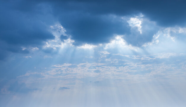 sky, blue cloud and beam from the sun, Abstract sun beam line light shining through the clouds, Sunbeam through the clouds haze on Beautiful sky, On black clouds and white light Golden background, bef