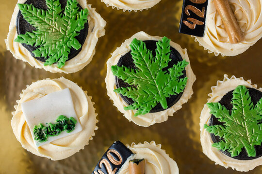 Marijuana themed cupcakes