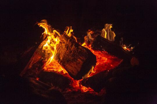 USA, Oregon, Manzanita. Camp fire at night.