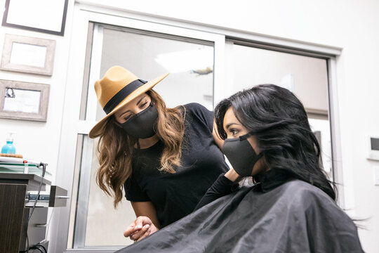 Style: Stylist And Customer Wearing Face Masks In Salon