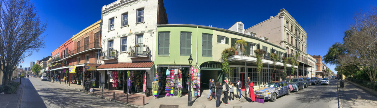 NEW ORLEANS, LA - FEBRUARY 2016: Tourists along the city streets on a sunny winter day - Panoramic view
