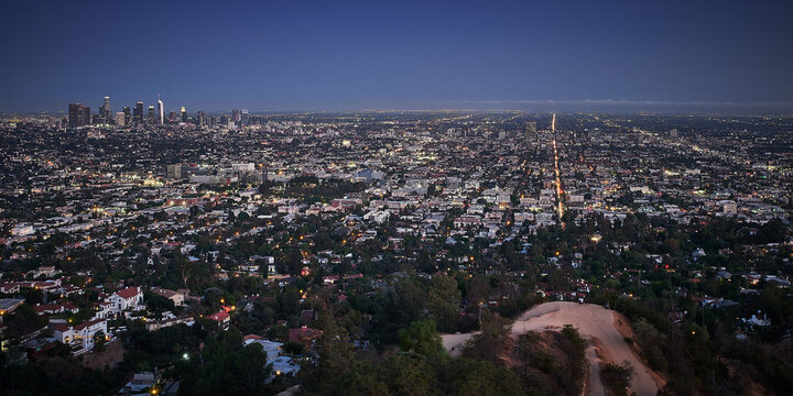 Panoramic shot of the Los Angeles city, California from the Griffith Observatory