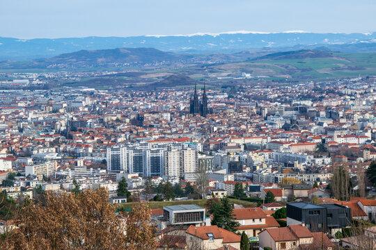 Paysages D'auvergne Ville De Clermont Ferrand
