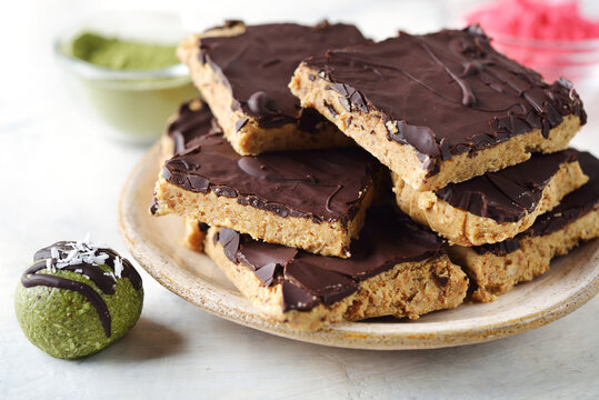 Energy bars with peanut butter and chocolate