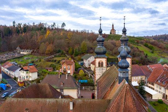 Saint-Quirin, ses alentours et marché de Noël pour Moselle Attractivité..Capturé par Thomas Garcia, tous droits réservés