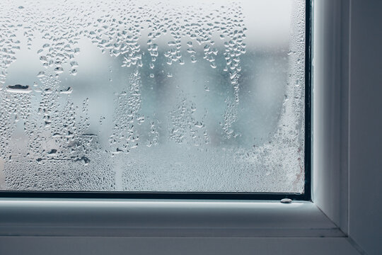 Heavily dewy or misty window, incorrectly adjusted window during the frosty season