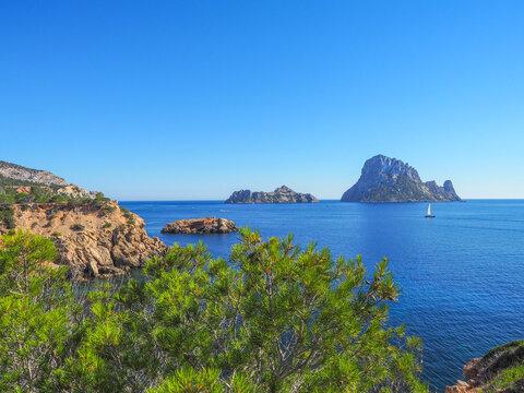 Ibiza - Wandern zum Aussichtspunkt Torre des Savinar